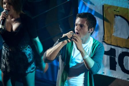 OnAir.ru - D-Флирт на фестивале DFM! Было жарко!