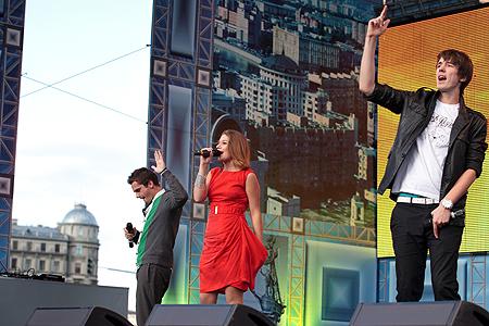 OnAir.ru - Звездный День города вместе с DFM удался!